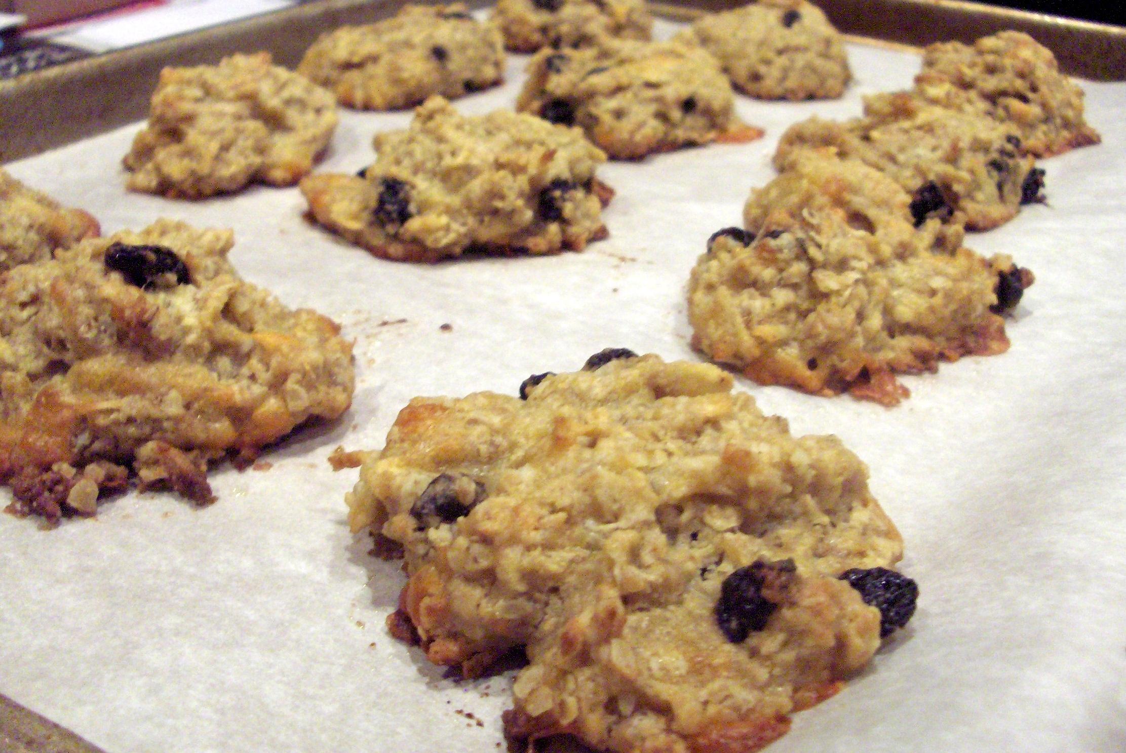 Apple Gouda Oatmeal Cookies | Deux Maisons