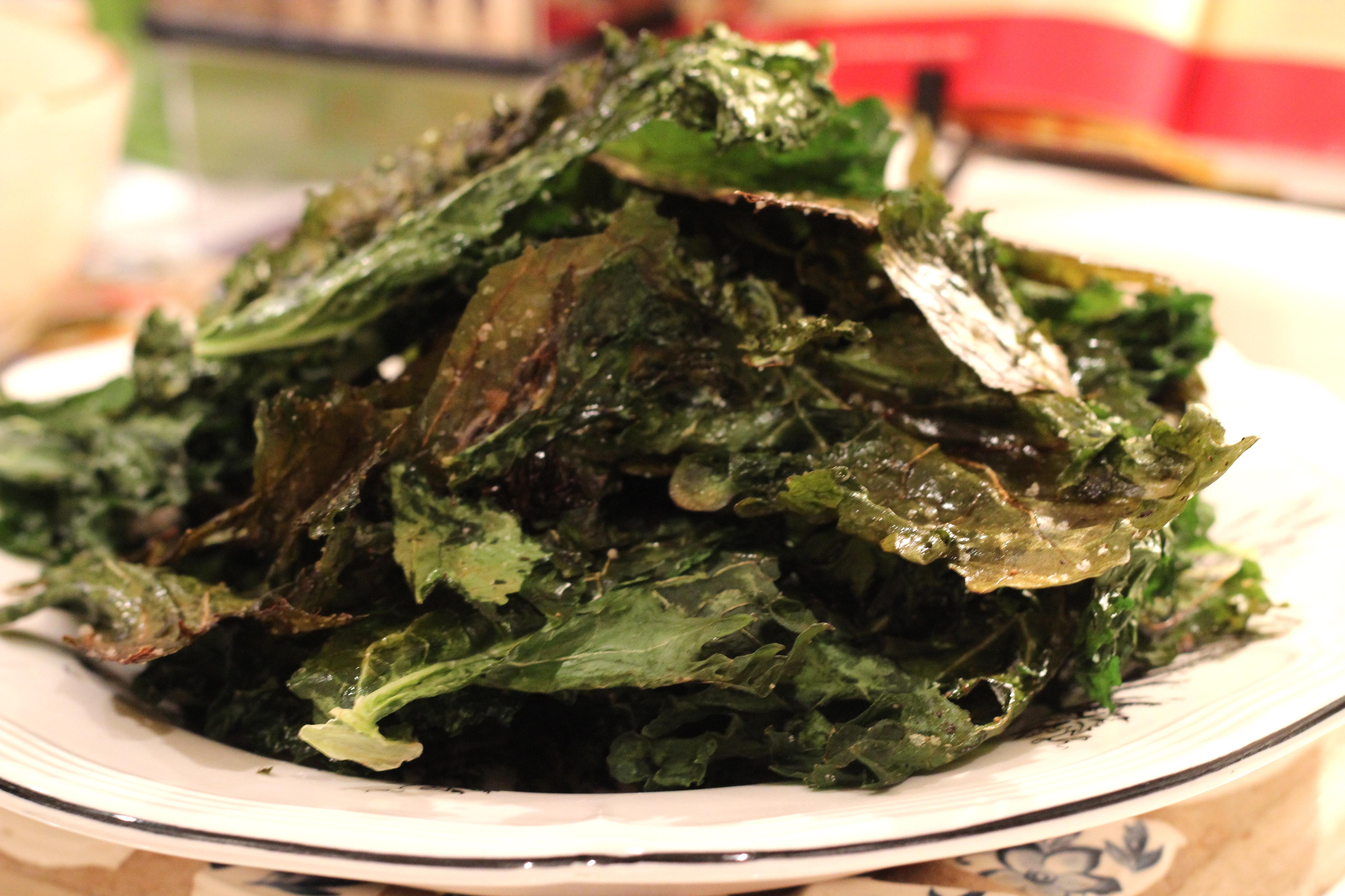 Baked Kale Chips | Deux Maisons