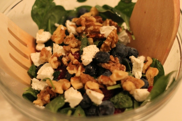 berry walnut goat cheese salad