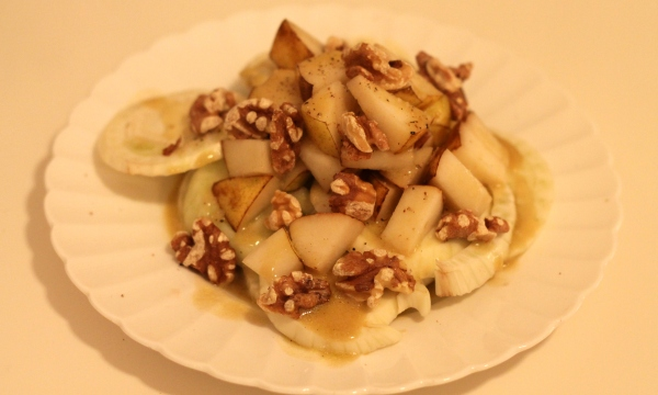 fennel pear walnut salad